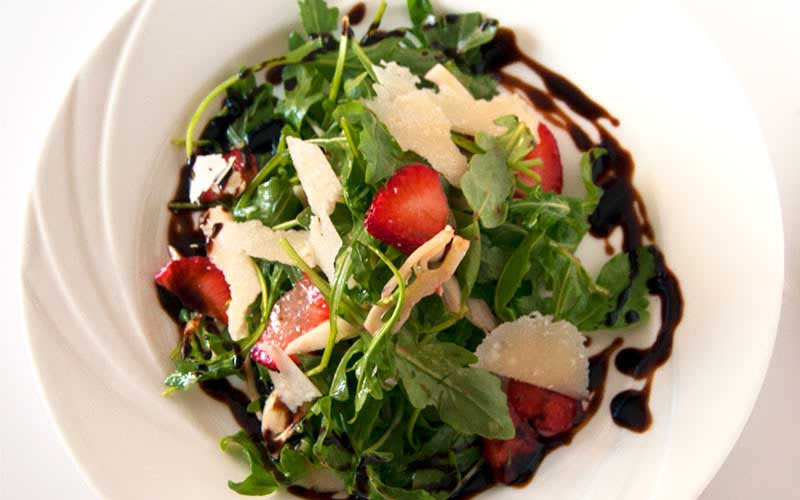 Strawberry Glaze Balsamic Salad